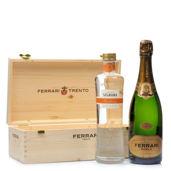 Cassetta legno Ferrari Perlé 2008, Trentodoc 0,75l e Grappa Segnana Chardonnay