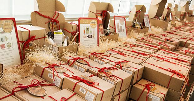 I cesti natalizi - Le confezioni regalo per un Natale buonissimo.