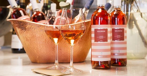 Il Giro d'Italia in rosa - Con i migliori vini rosè e rosati.
