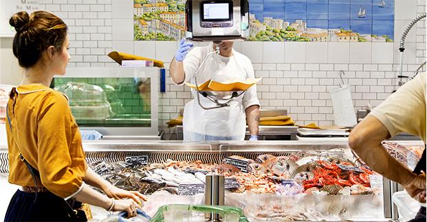 Non sai che pesci prendere? - C'è il miglior pesce fresco di Torino. Ecco la selezione di oggi.