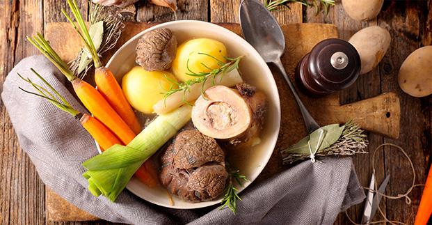 Ci piace mangiare di stagione - Cardi, castagne e... tutte le specialità autunnali.