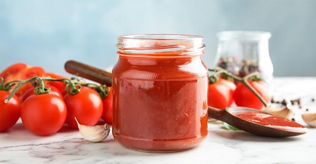 Tutto sul pomodoro - Freschi e conservati secondo tradizioni. Sempre irresistibili!